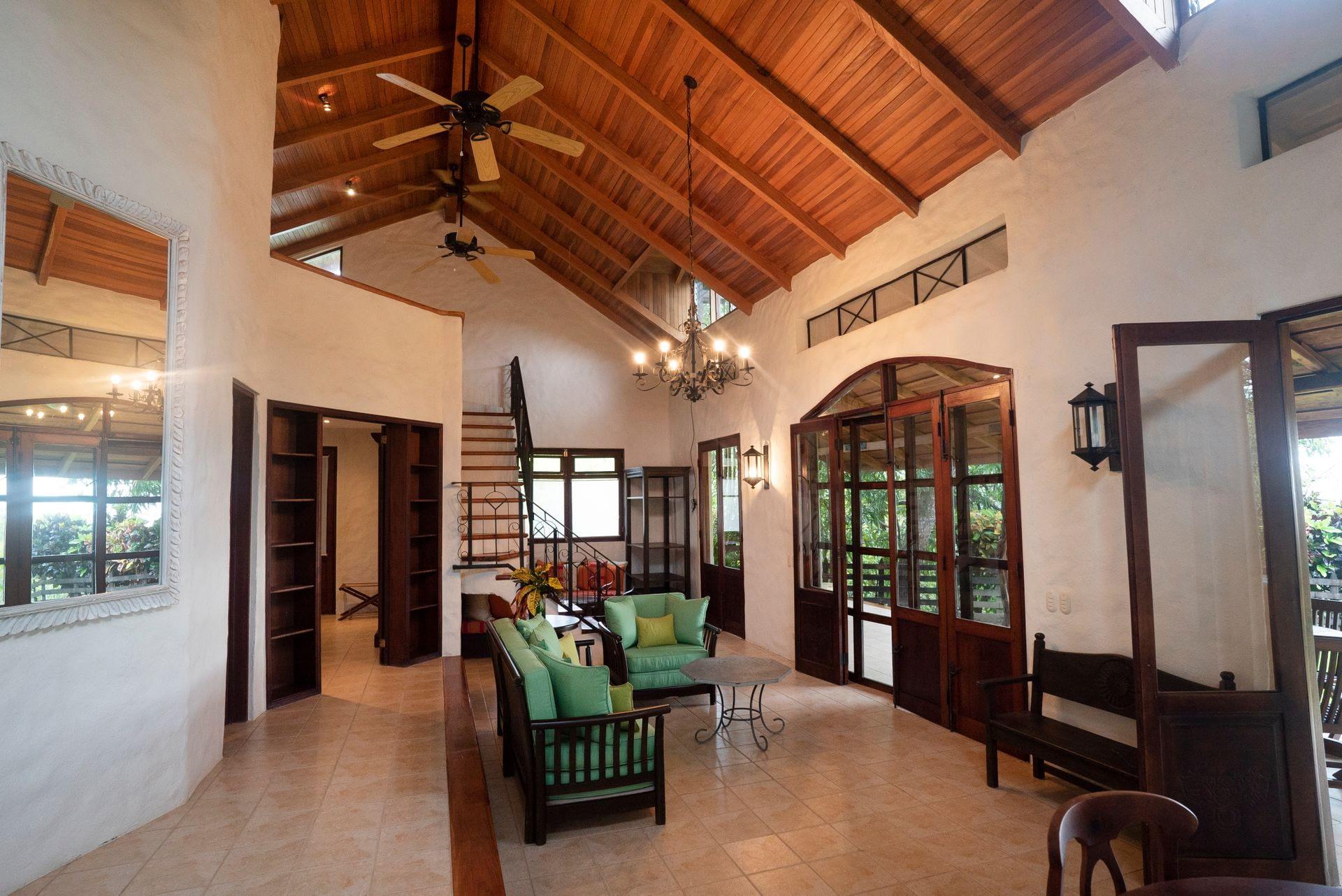 Casa Dorada Hacienda Barrigona Samara