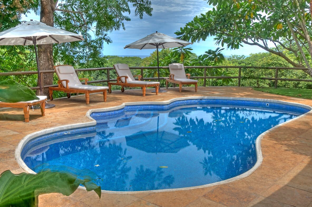 Casa Barrigona Pool By The Ocean