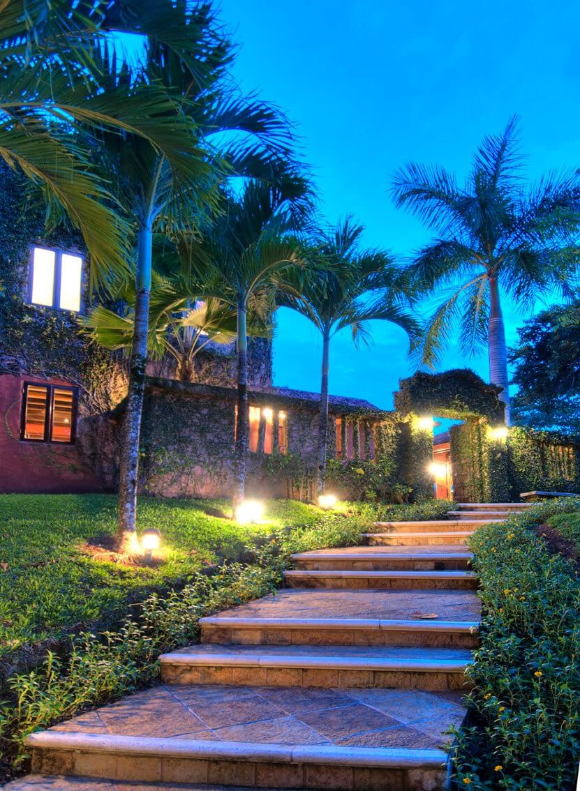 Casa Barrigona By Night
