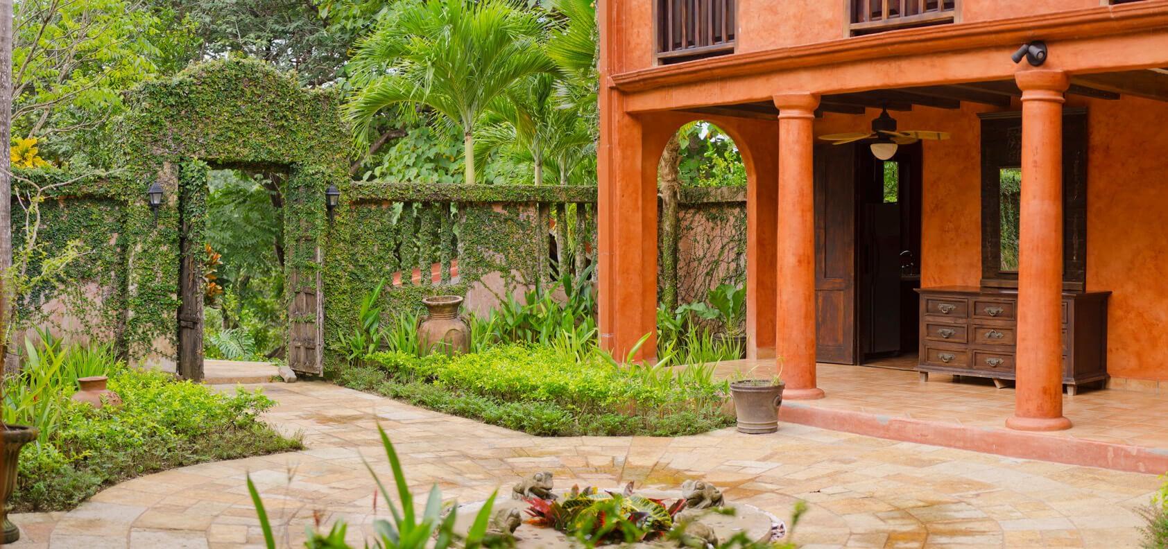 Casa Barrigona Entrance Panorama