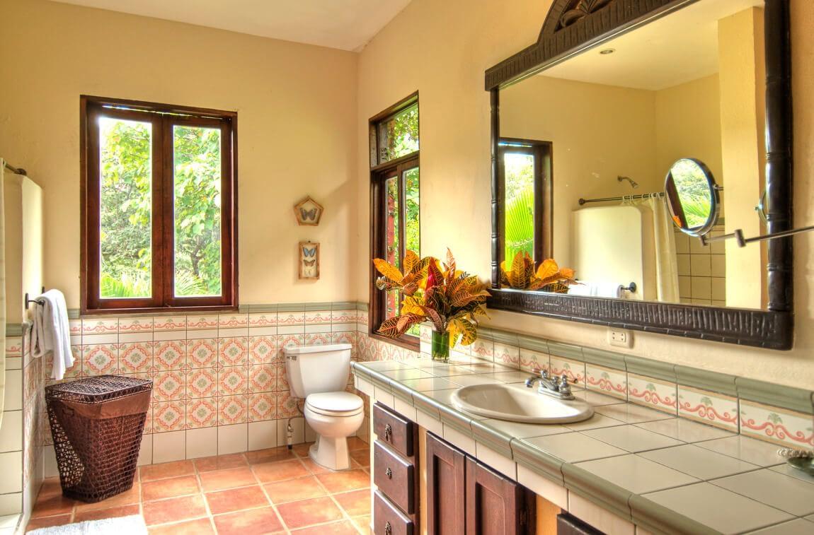 Barrigona Bathroom With Jungle View