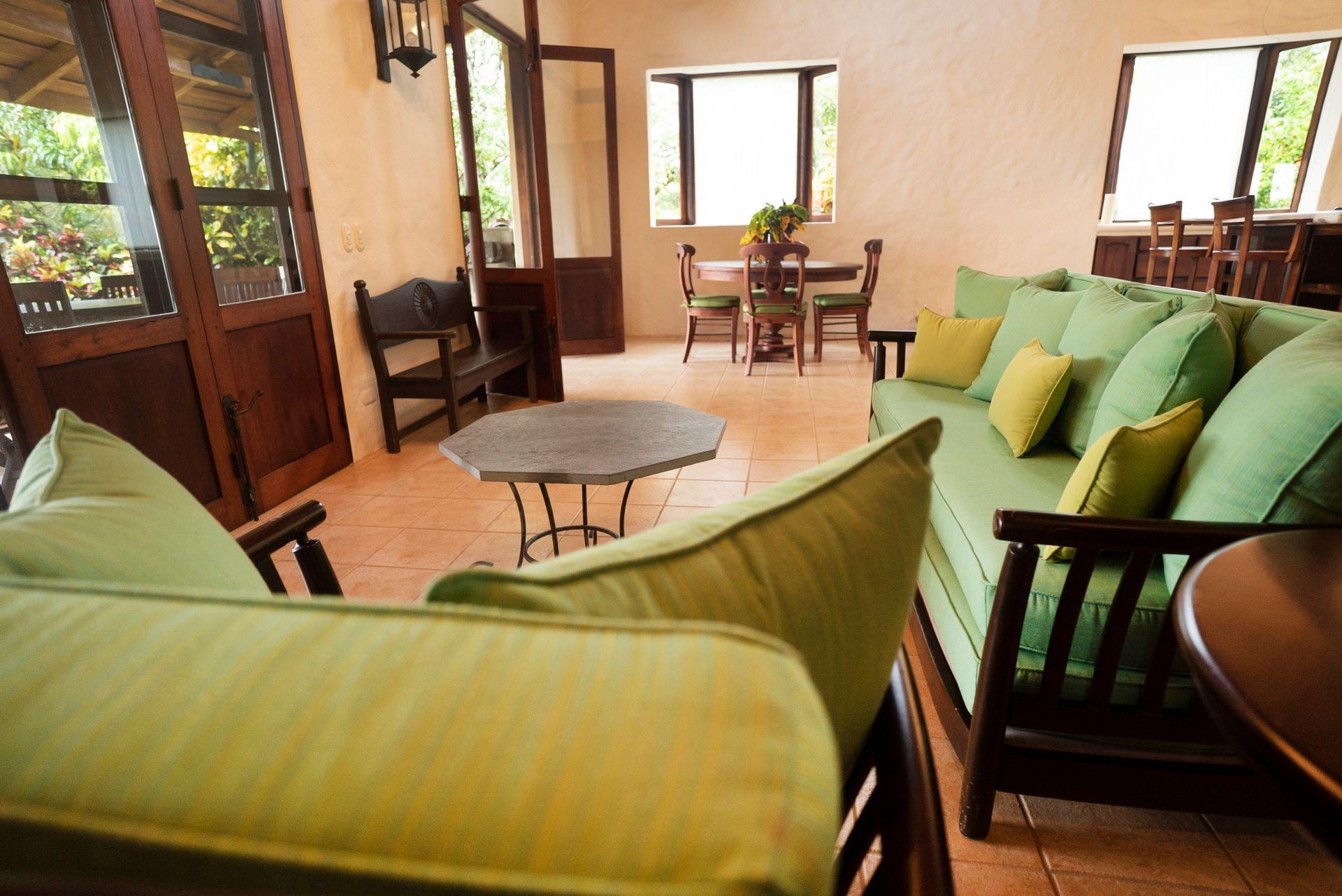 Barrigona Villa Dorada Sofa
