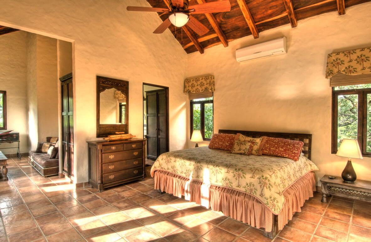 Barrigona Master Bedroom